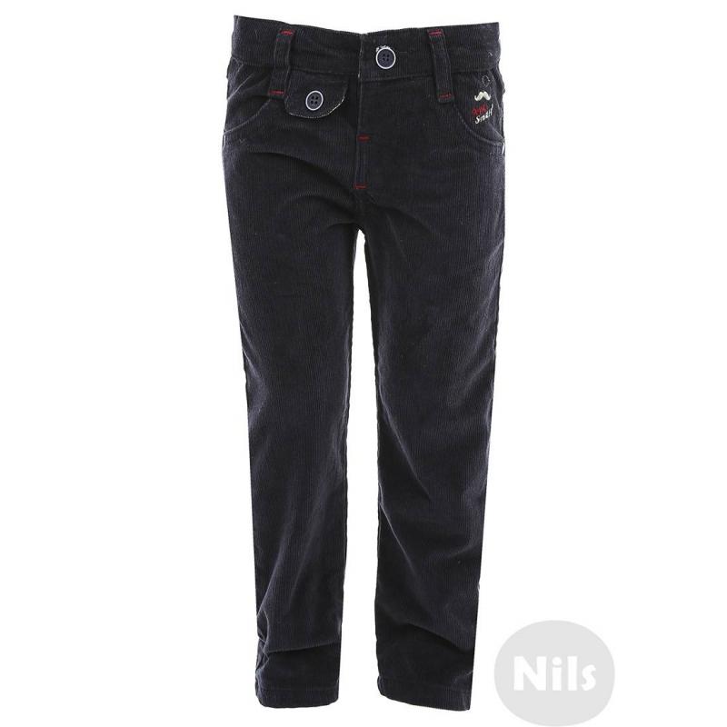 БрюкиТемно-синие вельветовые брюки марки NANICA для мальчиков. Брюки из мягкого вельвета имеют два кармана и застегиваются на пуговицу. Брюки украшены вышивкой и фальш-карманами. Брюки можно подворачивать, низ штанин отделан тканью голубого цвета с изнаночной стороны. Пояс регулируется специальными пуговицами.<br><br>Размер: 9 месяцев<br>Цвет: Темносиний<br>Рост: 74<br>Пол: Для мальчика<br>Артикул: 606929<br>Страна производитель: Турция<br>Сезон: Всесезонный<br>Состав: 100% Хлопок<br>Бренд: Турция