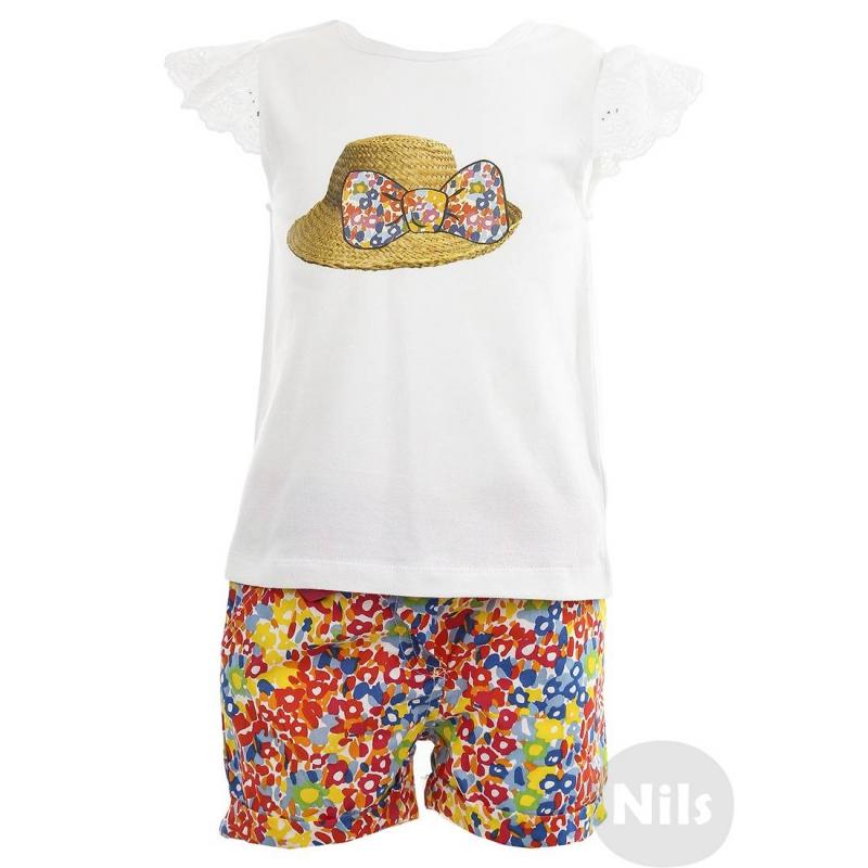 КомплектКомплект (шорты + футболка) марки BIMBALINA для девочек. Футболка из мягкого хлопкового трикотажа украшена принтом со шляпкой, рукава выполнены из кружева. Футболка застегивается на две кнопки на спинке. Шорты из стопроцентного хлопка продублированы мягкой хлопковой подкладкой, застегиваются на пуговицу. Есть два кармана, регулируемый пояс и съемный завязывающийся пояс.<br><br>Размер: 9 месяцев<br>Цвет: Белый<br>Рост: 74<br>Пол: Для девочки<br>Артикул: 606555<br>Страна производитель: Китай<br>Сезон: Весна/Лето<br>Состав верха: 97% Хлопок, 3% Эластан<br>Состав низа: 100% Хлопок<br>Состав подкладки: 100% Хлопок<br>Бренд: Испания