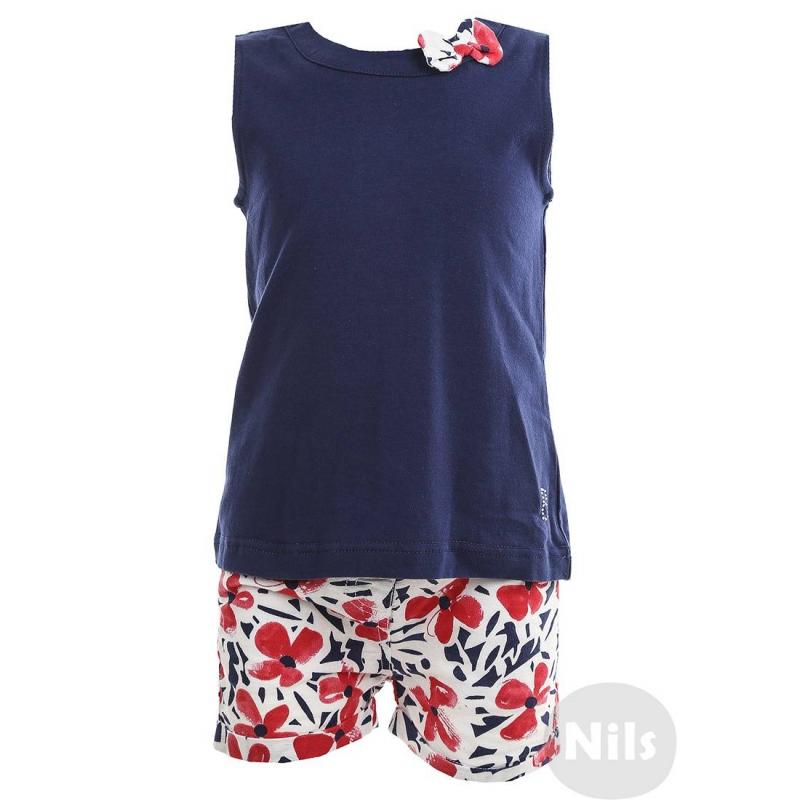 КомплектКомплект (майка + шорты) синего цвета марки BIMBALINA для девочек. Майка из хлопкового трикотажа украшена бантом у ворота, застегивается на три кнопки на спинке. Хлопковые шорты с добавлением льна застегиваются на пуговицу, имеют два кармана и регулируемый пояс.<br><br>Размер: 18 месяцев<br>Цвет: Синий<br>Рост: 86<br>Пол: Для девочки<br>Артикул: 606557<br>Страна производитель: Китай<br>Сезон: Весна/Лето<br>Состав верха: 96% Хлопок, 4% Спандекс<br>Состав низа: 50% Хлопок, 50% Лен<br>Бренд: Испания