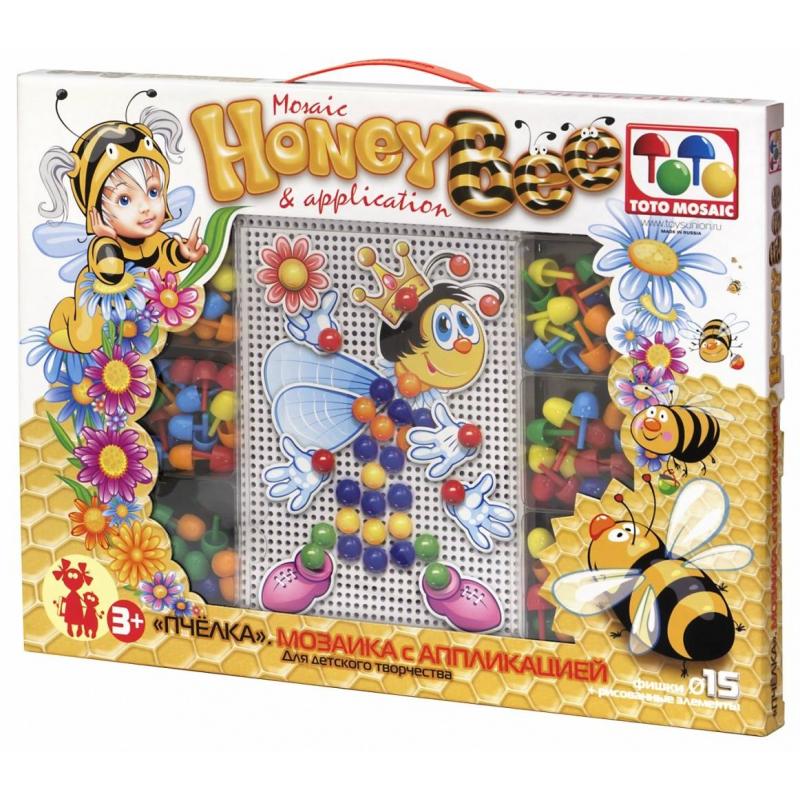 Мозаика с аппликацией ПчелаМозаика с аппликацией Пчела марки ToysUnion.<br>Красочная мозаика включает в себя множествоэлементови поле в виде сетки. Игра развивает мелкую моторику пальчиков, а создание различных изображений помогает развить фантазию и воображение. Сяркими деталямии аппликациейможно сделатьмилуюпчелку.<br>Комплектация: прямоугольная плата, элементы аппликации, прозрачные контейнеры для фишек, 90 фишек.<br>Все элементы выполнены из легкого и прочного материала.<br>Диаметр: 15мм.<br><br>Возраст от: 3 года<br>Пол: Не указан<br>Артикул: 658637<br>Страна производитель: Россия<br>Бренд: Россия<br>Размер: от 3 лет
