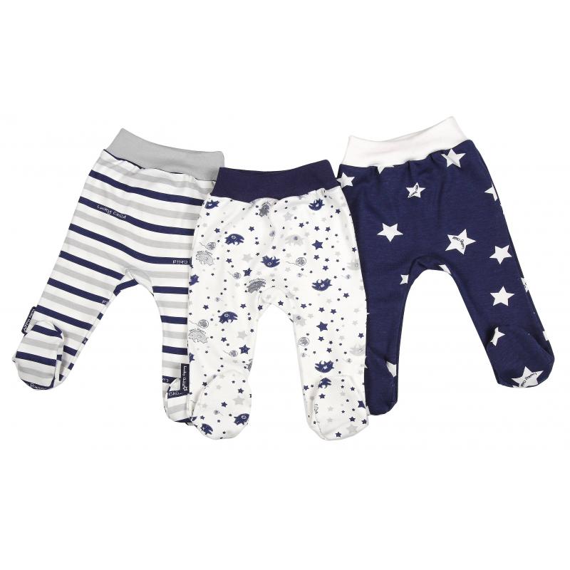 Комплект ползунков 3 штКомплект ползунков3 шт.темно-синегоцветамарки Lucky Child для мальчиков.<br>Комплект, выполненный из чистого хлопка, включает в себя ползунки3шт. Моделис закрытыми ножками дополнены широкой эластичной резинкой на поясе, а также декорированы принтом в звезды и полоски.<br><br>Размер: 12 месяцев<br>Цвет: Темносиний<br>Рост: 80<br>Пол: Для мальчика<br>Артикул: 685020<br>Бренд: Россия<br>Страна производитель: Россия<br>Сезон: Всесезонный<br>Состав: 100% Хлопок