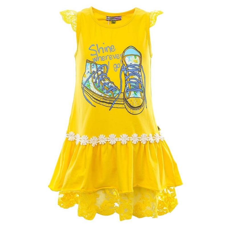 ПлатьеПлатьежелтого цвета из коллекции Camomile марки Sweet Berry.<br>Стильное платье выполнено из хлопка с добавлением эластана. Модель украшена стразами, надписями и принтом с изображением спортивной обуви, а также дополнена цветочной аппликацией на оборке. Платье выгодно подчеркнуто кружевными рукавами-крылышками и кружевной отделкой по нижнему краю.<br><br>Размер: 3 года<br>Цвет: Желтый<br>Рост: 98<br>Пол: Для девочки<br>Артикул: 688928<br>Страна производитель: Китай<br>Сезон: Весна/Лето<br>Состав: 95% Хлопок, 5% Эластан<br>Бренд: Италия