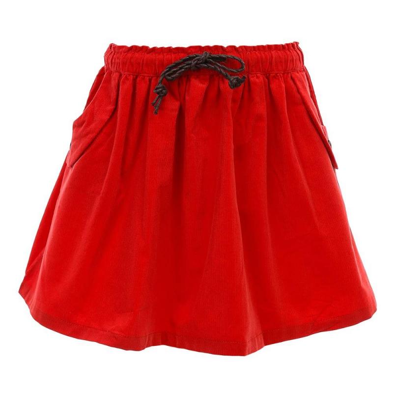 ЮбкаЮбка кораллового цвета из коллекции Cool Girl марки Sweet Berry.<br>Яркая вельветовая юбка выполнена из натурального хлопка. Модель украшена плетеным ремешком на поясе с удобной эластичной резинкой и дополнена передними карманами.<br><br>Размер: 8 лет<br>Цвет: Коралловый<br>Рост: 128<br>Пол: Для девочки<br>Артикул: 687882<br>Бренд: Италия<br>Страна производитель: Китай<br>Сезон: Весна/Лето<br>Состав: 100% Хлопок