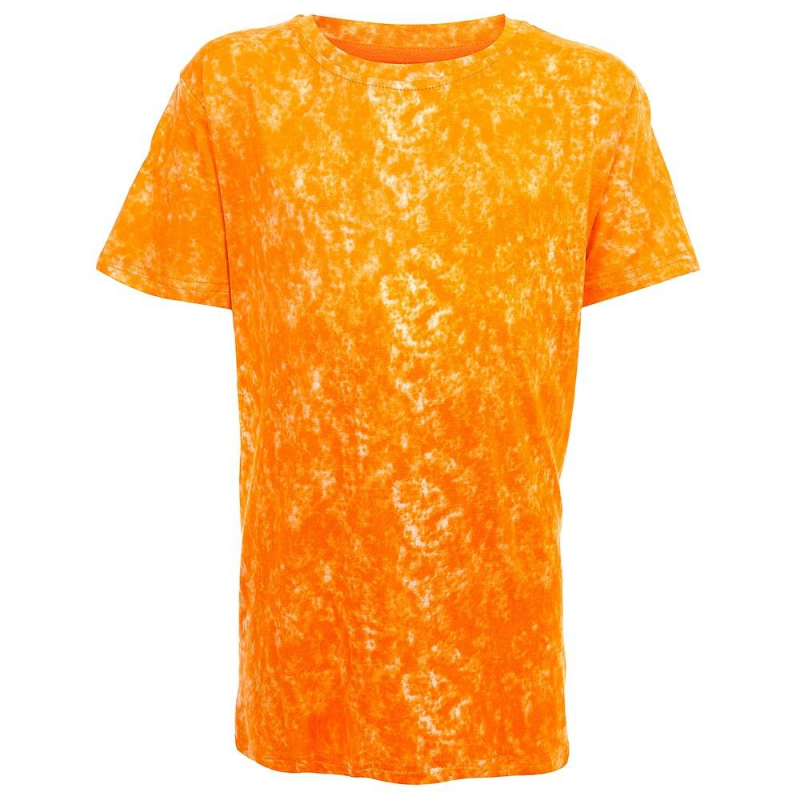 ФутболкаФутболка оранжевогоцвета из коллекции Base марки Luminoso для мальчиков.<br>Стильная футболка с коротким рукавом выполнена из мягкого хлопкового трикотажа. Модель декорирована оригинальным принтом.<br><br>Размер: 14 лет<br>Цвет: Оранжевый<br>Рост: 164<br>Пол: Для мальчика<br>Артикул: 687405<br>Бренд: Италия<br>Страна производитель: Китай<br>Сезон: Весна/Лето<br>Состав: 95% Хлопок, 5% Эластан