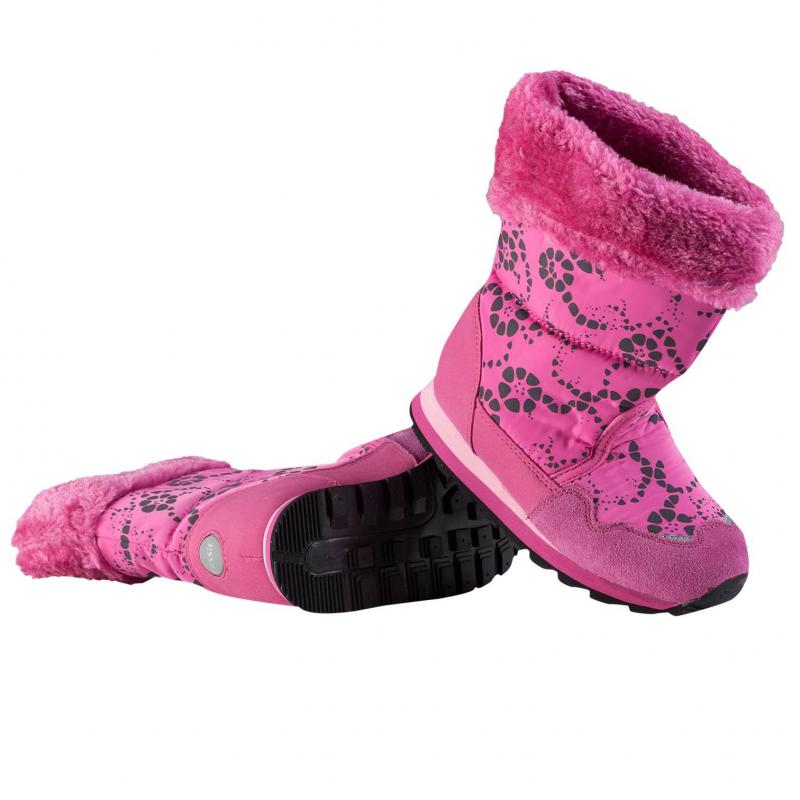 СапогиРозовые сапоги марки LASSIE для девочек. Утепленные ветрозащитные сапоги ярко-розового цвета с принтом. Сапоги без застежек удобно надевать и снимать. Подкладкавыполнена из искусственного меха. Легкая и амортизирующая подошва из вспененного каучука и резины обеспечивает комфортную носку. Есть светоотражающие детали для безопасности ребенка.<br><br>Размер: 32<br>Цвет: Малиновый<br>Пол: Для девочки<br>Артикул: 603935<br>Страна производитель: Китай<br>Сезон: Осень/Зима<br>Материал верха: Полиэстер, Полиуретан<br>Материал подкладки: Текстиль<br>Материал стельки: Текстиль<br>Материал подошвы: ЭВА (каучук) / Резина<br>Бренд: Финляндия<br>Температура: до -20°