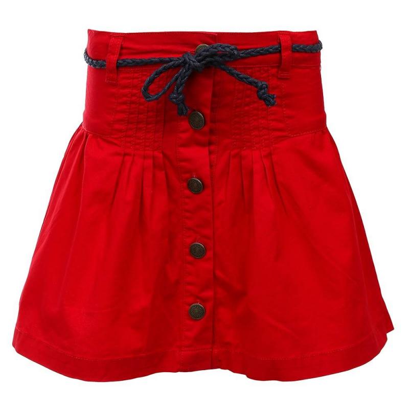 ЮбкаЮбка красногоцвета из коллекции Cool Girl марки Sweet Berry.<br>Яркая юбка выполнена из натурального хлопка. Модель застегивается на стильные удобные пуговицы и дополнена шлевками для ремня.<br><br>Размер: 5 лет<br>Цвет: Красный<br>Рост: 110<br>Пол: Для девочки<br>Артикул: 687862<br>Бренд: Италия<br>Страна производитель: Китай<br>Сезон: Весна/Лето<br>Состав: 100% Хлопок