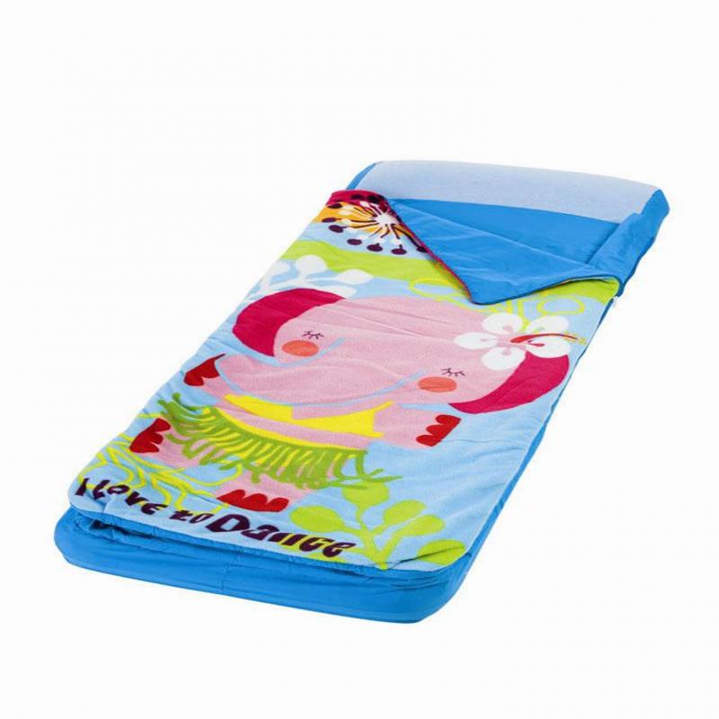 Надувной матрасНадувной матрас голубого цвета марки Intex.<br>Детский надувной матрас с покрывалом на молнии выглядит как спальный мешок с отстёгивающимся одеялом.Приятное на ощупь флокированное покрытие и подголовник делает модель очень удобной. Верхняя часть матраса украшена принтом с изображением забавной слонихи в купальникеи надписью I love to dance.<br>Вес: 2,5 кг.<br>Матрас предназначен для детей от 3 до 6 лет.<br><br>Цвет: Голубой<br>Размер матраса: 64х152х20<br>Пол: Не указан<br>Артикул: 682447<br>Бренд: Китай<br>Размер: от 3 лет