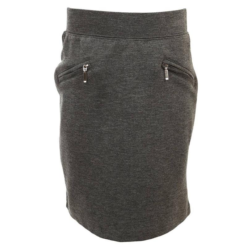 ЮбкаЮбка темно-серогоцвета из коллекции School collection марки Luminoso.<br>Классическая однотонная юбка прямого кроя, выполненная из приятной на ощупь ткани с добавлением хлопка,украшена декоративными карманами на молнии, а также дополнена эластичной резинкой на талии. Модель дополнит и подчеркнет школьный и повседневный образ ребенка.<br><br>Размер: 13 лет<br>Цвет: Темносерый<br>Рост: 158<br>Пол: Для девочки<br>Артикул: 686227<br>Бренд: Италия<br>Страна производитель: Китай<br>Сезон: Всесезонный<br>Состав: 65% Хлопок, 30% Полиэстер, 5% Эластан