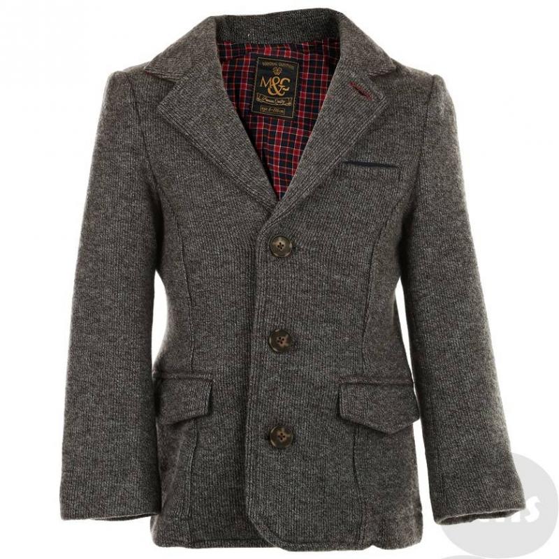 ПиджакСерый трикотажный пиджак марки MAYORAL для мальчиков. Теплый пиджак классического кроя на трех пуговицах выполнен из плотного трикотажа с небольшим начесом. Пиджак имеет два кармана с клапанами и один маленький нагрудный карман, в который можно положить носовой платочек для придания пиджаку нарядного вида. Подкладка специального не стесняющего движения кроя выполненаиз стопроцентного хлопка в клеточку. Несмотря на то, что пиджак сделан из трикотажа, он хорошо держит форму.<br><br>Размер: 6 лет<br>Цвет: Серый<br>Рост: 116<br>Пол: Для мальчика<br>Артикул: 602209<br>Страна производитель: Китай<br>Сезон: Всесезонный<br>Состав: 55% Хлопок, 45% Полиэстер<br>Состав подкладки: 100% Хлопок<br>Бренд: Испания<br>Вид застежки: Пуговицы