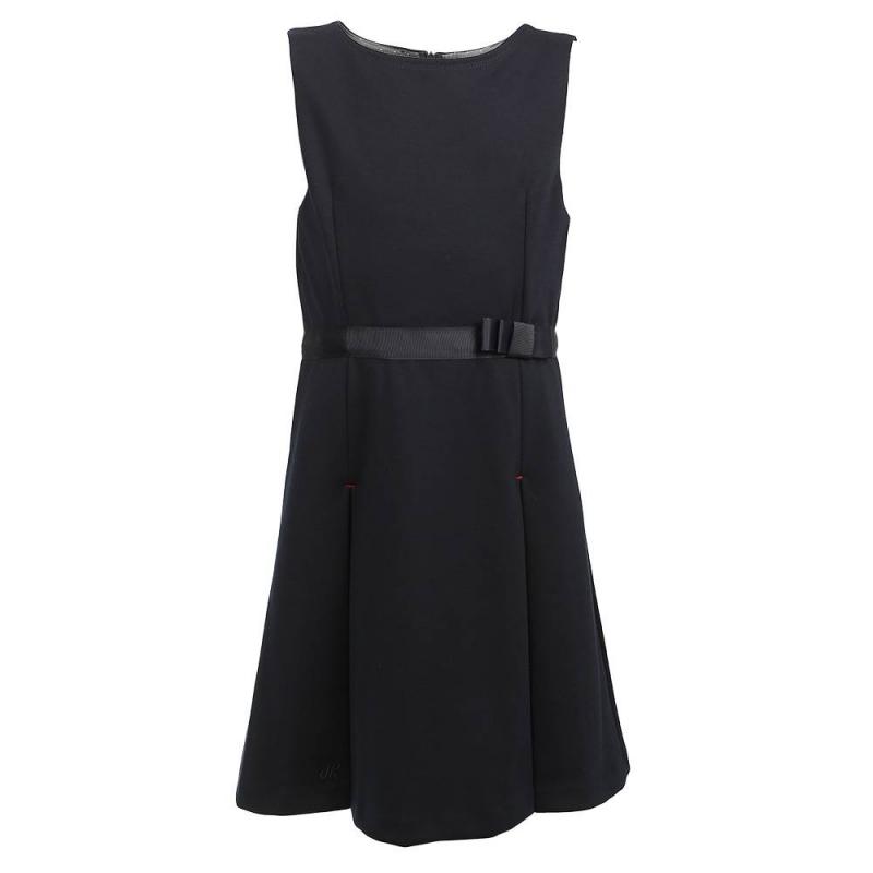 ПлатьеПлатье тёмно-синегоцвета марки Junior Republic.<br>Модное платье на широких бретеляхвыполнено из приятного на ощупь материала и дополнено блестящей подкладкой в горошек. Модель с расклешённой юбкой украшена поясом с милым бантиком на талии, а также небольшой вышивкой с логотипом бренда на подоле.<br>Платье застёгивается на потайнуюмолнию на спинке и выгодно подчеркнётшкольный образ.<br><br>Размер: 10 лет<br>Цвет: Темносиний<br>Рост: 140<br>Пол: Для девочки<br>Артикул: 802174<br>Страна производитель: Китай<br>Сезон: Всесезонный<br>Состав: 72% Полиэстер, 24% Вискоза, 4% Эластан<br>Вид застежки: Молния