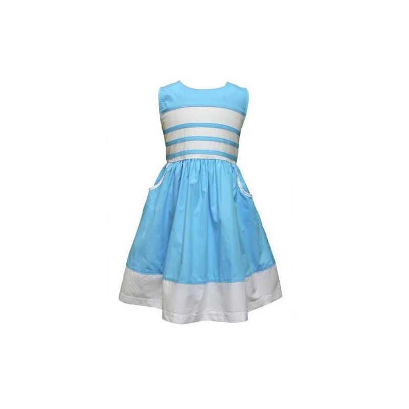 ПлатьеГолубое платье без рукавов марки LP Collection. Летнее платье с карманами выполнено из хлопка, пояс завязывается сзади бантом. Платье застегивается на пуговицы на спинке.<br><br>Размер: 6 лет<br>Цвет: Голубой<br>Рост: 116<br>Пол: Для девочки<br>Артикул: 607400<br>Страна производитель: Таиланд<br>Сезон: Весна/Лето<br>Состав: 100% Хлопок<br>Бренд: Таиланд<br>Вид застежки: Пуговицы