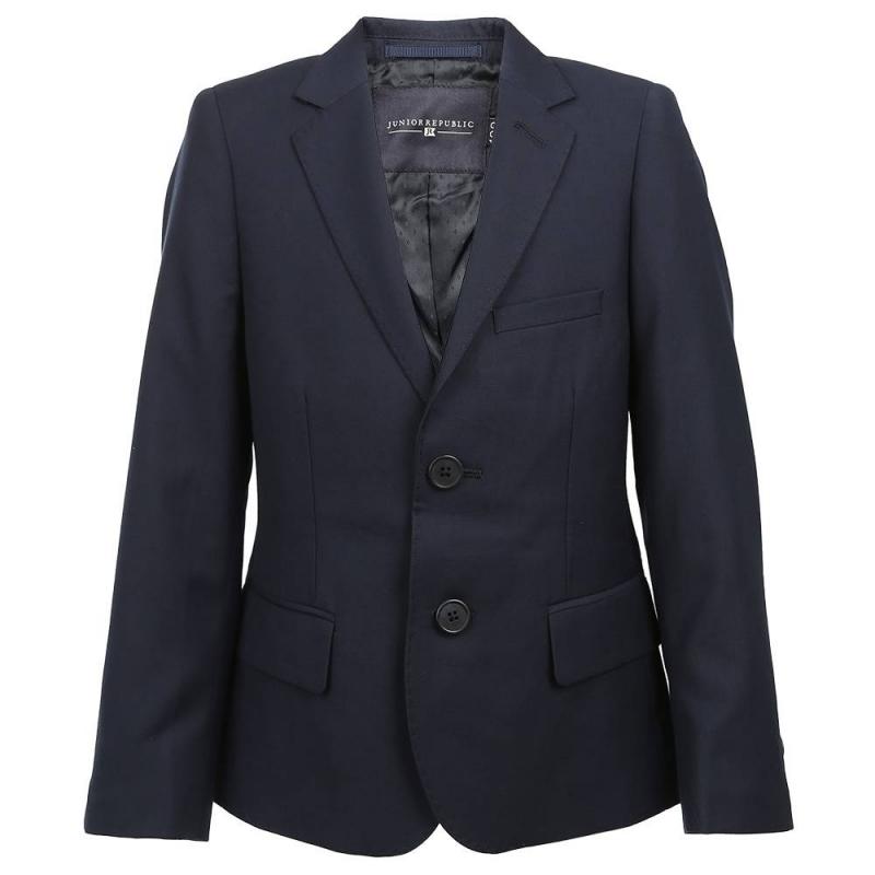 ПиджакПиджактёмно-синегоцвета марки Junior Republic длямальчиков.<br>Классический пиджак на пуговицахвыполнен из приятного на ощупь материала с добавлением вискозы.Модель дополнена карманами иукрашена декоративными пуговицами на рукавах.<br>Пиджакотличносочетается с рубашками и брюками, прекрасно дополнит школьный образ ребёнка.<br><br>Размер: 8 лет<br>Цвет: Темносиний<br>Рост: 128<br>Пол: Для мальчика<br>Артикул: 802116<br>Страна производитель: Китай<br>Сезон: Всесезонный<br>Состав: 60% Полиэстер, 40% Вискоза<br>Вид застежки: Пуговицы