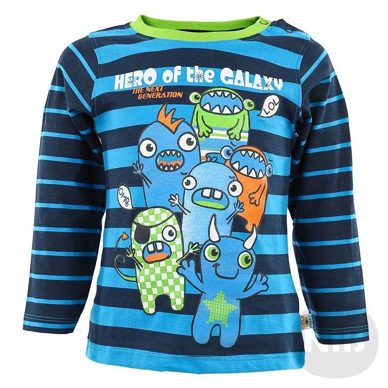 ФутболкаСиняя футболка с длинным рукавом марки BLUE SEVEN для мальчиков. Футболка из стопроцентного хлопкового трикотажа синего цвета в полоску украшена забавным принтом и застегивается на две кнопки на плече.<br><br>Размер: 12 месяцев<br>Цвет: Синий<br>Рост: 80<br>Пол: Для мальчика<br>Артикул: 602705<br>Страна производитель: Бангладеш<br>Сезон: Всесезонный<br>Состав: 100% Хлопок<br>Бренд: Германия<br>Вид застежки: Кнопки<br>Рукава: Длинные, без манжет