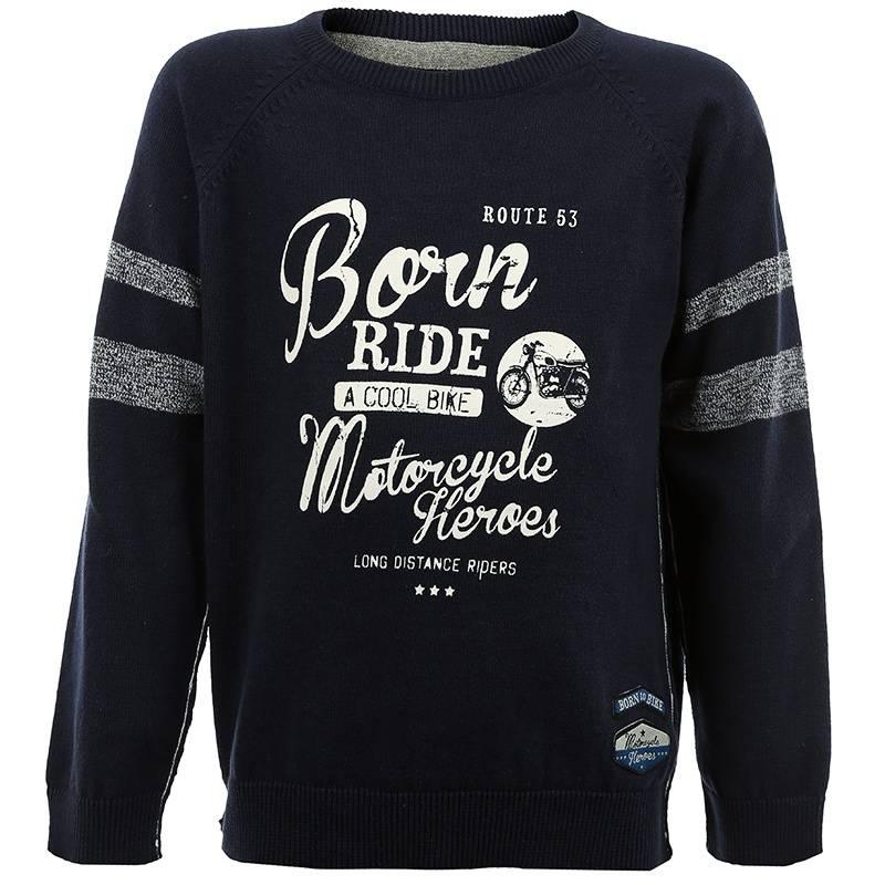 СвитерТемно-синийсвитер с принтом марки BLUE SEVEN для мальчиков. Хлопковый свитер с круглым воротом и рукавами реглан имеет декоративные швы наружу, украшен полосками на рукавах, а также принтом и нашивкой с мотоциклетной тематикой.<br><br>Размер: 2 года<br>Цвет: Темносиний<br>Рост: 92<br>Пол: Для мальчика<br>Артикул: 602564<br>Бренд: Германия<br>Страна производитель: Бангладеш<br>Сезон: Всесезонный<br>Состав: 100% Хлопок