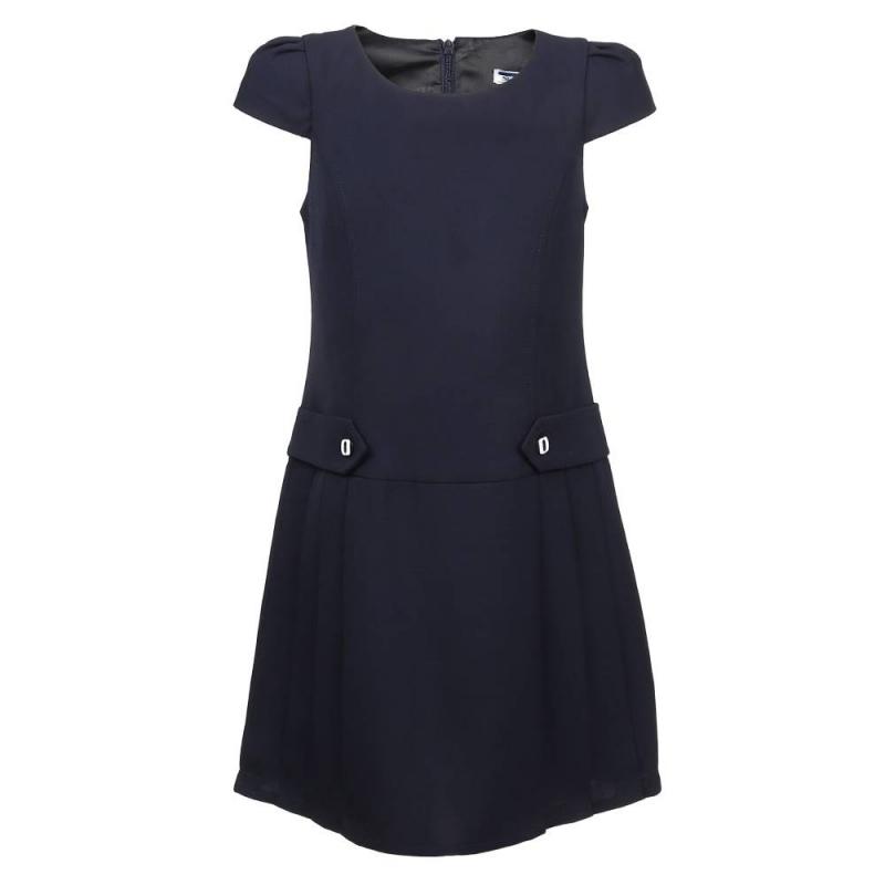 ПлатьеПлатье тёмно-синегоцвета из коллекции Матроска марки SkyLake.<br>Однотонное платье с коротким рукавчикомвыполнено из приятной на ощупь ткани с добавлением вискозы. Декоративные элементы из основной ткани на поясе украшены контрастными пуговицами. Модель с юбкой в складку застёгивается на потайную молнию на спинке.<br>Платье дополнит и выгодно подчеркнётшкольный образ ребёнка.<br><br>Размер: 11 лет<br>Цвет: Темносиний<br>Размер: 146/72<br>Пол: Для девочки<br>Артикул: 803801<br>Бренд: Россия<br>Страна производитель: Россия<br>Сезон: Всесезонный<br>Состав: 65% Полиэстер, 35% Вискоза<br>Вид застежки: Молния