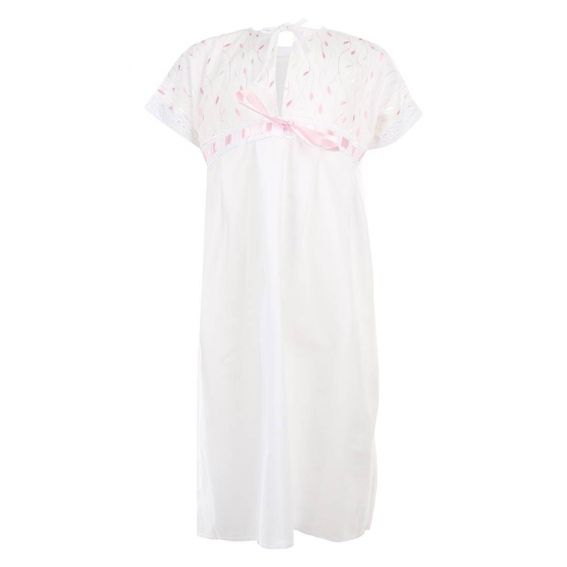 РубашкаРубашечка для крещения марки Трон-плюс бело-розового цвета и с короткими рукавами. Перед украшен шитьем и атласной лентой-бантиком, рукавчики - кружевной лентой.<br><br>Размер: 12 месяцев<br>Цвет: Розовый<br>Размер: 80<br>Пол: Для девочки<br>Артикул: 000947<br>Страна производитель: Россия<br>Сезон: Всесезонный<br>Состав: 100% Хлопок