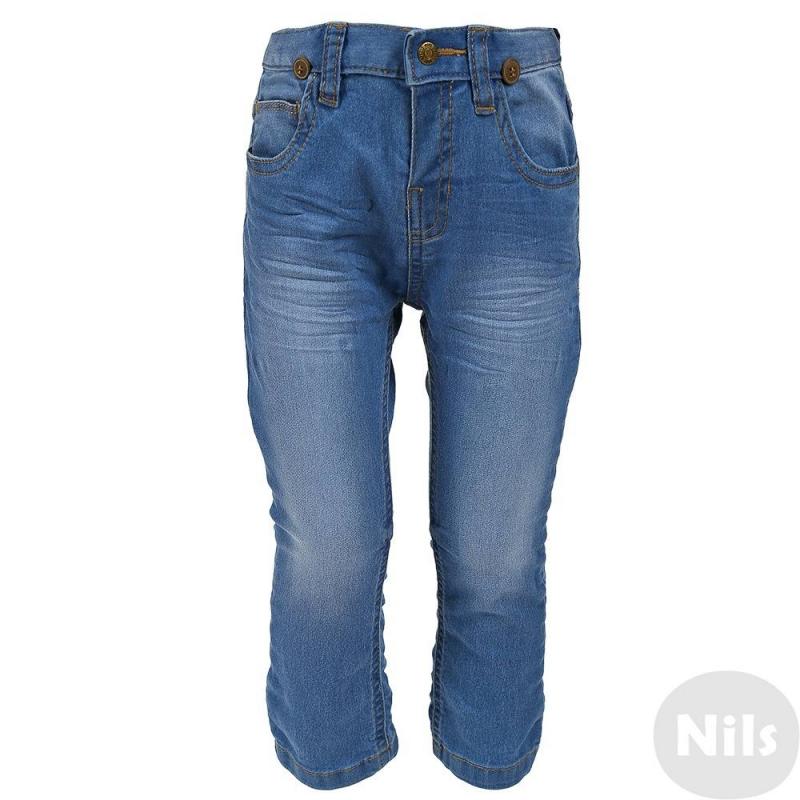 ДжинсыГолубые джинсыс подтяжками марки MAYORAL для мальчиков. Джинсы зауженного кроя с пятью карманами и эффектом потертости застегиваются на кнопку. Пояс регулируется специальными пуговицами на внутренней стороне. В комплект входят съемные подтяжки.<br><br>Размер: 2 года<br>Цвет: Голубой<br>Рост: 92<br>Пол: Для мальчика<br>Артикул: 607909<br>Страна производитель: Бангладеш<br>Сезон: Всесезонный<br>Состав: 78% Хлопок, 20% Полиэстер, 2% Эластан<br>Бренд: Испания<br>Вид застежки: Кнопки