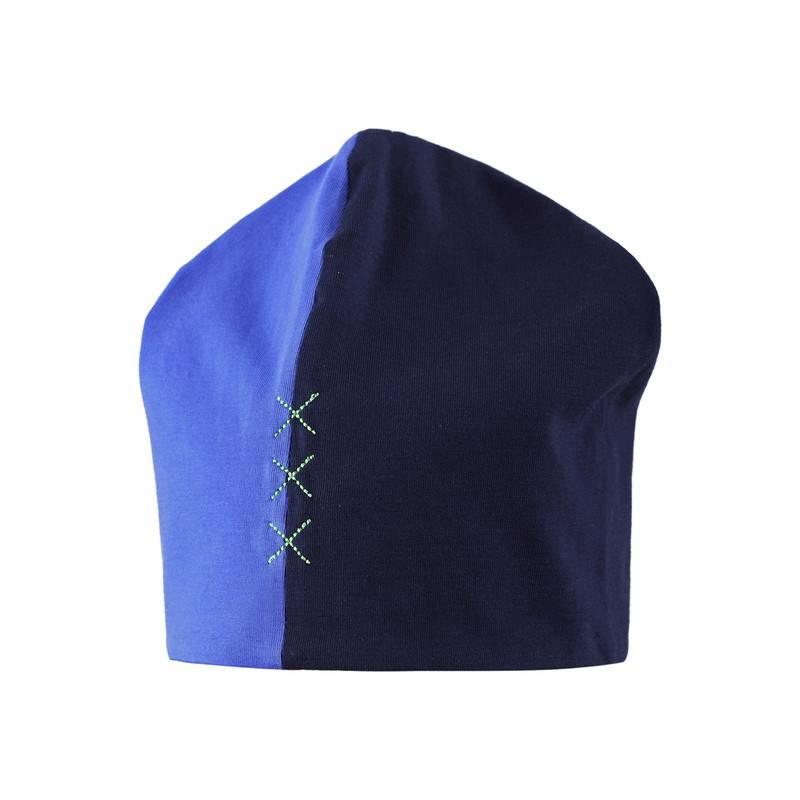 ШапкаДемисезонная двухсторонняя шапка синегоцвета марки REIMA для мальчиков. Легкая двухцветная трикотажная шапка украшена вышивкой. Внутренняя сторона салатовогоцвета.<br><br>Размер: 4 года<br>Цвет: Синий<br>Размер: 50<br>Пол: Для мальчика<br>Артикул: 608886<br>Страна производитель: Китай<br>Сезон: Весна/Лето<br>Состав: 95% Хлопок, 5% Эластан<br>Состав подкладки: 95% Хлопок, 5% Эластан<br>Бренд: Финляндия