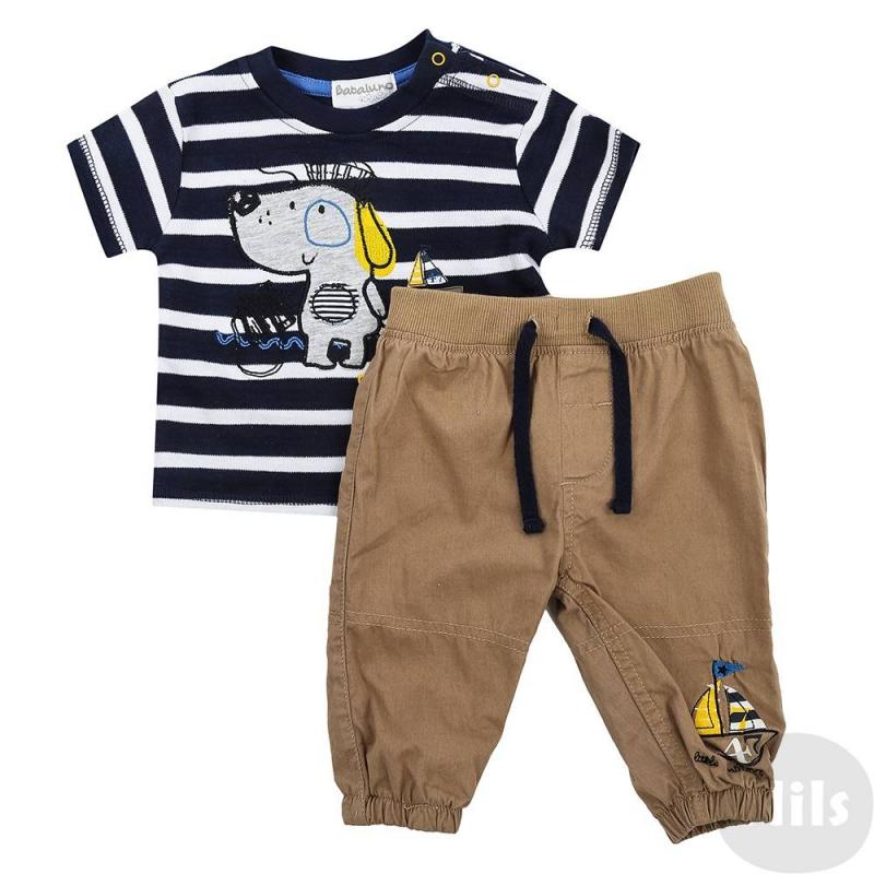 КомплектКомплект изштанишек и футболки для мальчиков марки BABALUNO. Футболка в синюю полоску украшена аппликациейс собачкой, застегивается на кнопки на плече. Штанишки украшены аппликациейс корабликом. Пояс и низ брюк на резинке. Сзади два декоративныхкармашка. Весь комплект выполнен из хлопка.<br><br>Размер: 3 месяца<br>Цвет: Синий<br>Рост: 62<br>Пол: Для мальчика<br>Артикул: 609064<br>Бренд: Англия<br>Страна производитель: Бангладеш<br>Сезон: Весна/Лето<br>Состав: 100% Хлопок
