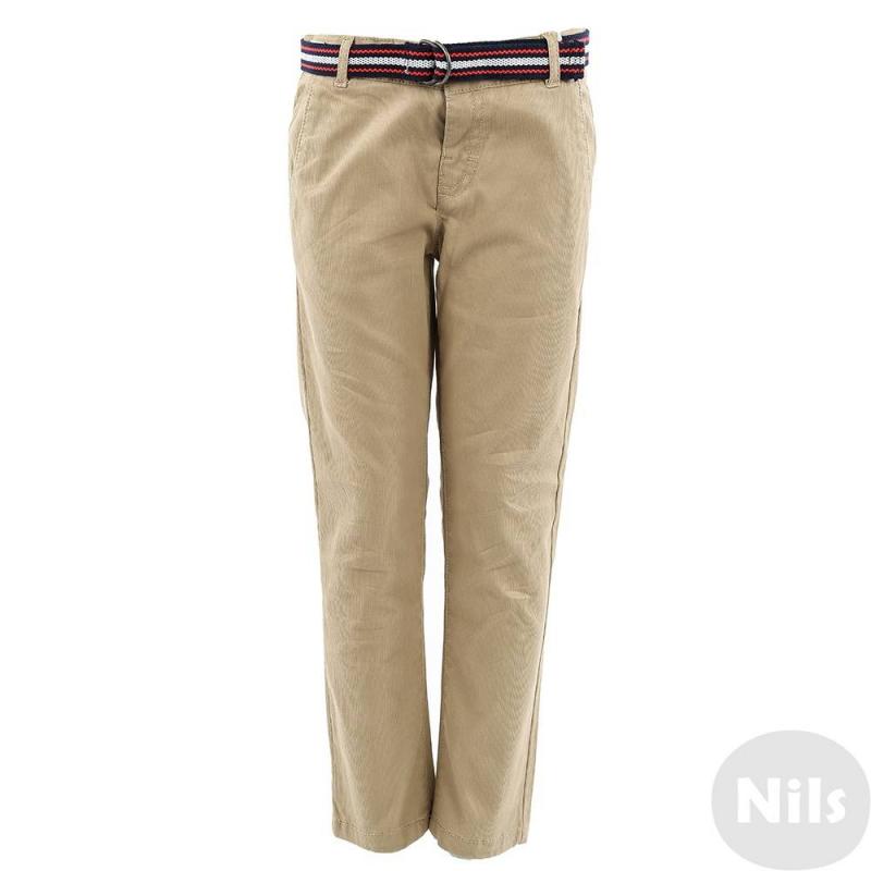 БрюкиБежевые брюки марки MAYORAL для мальчиков. Брюки с тремя карманами выполнены из плотного хлопка, застегиваются на кнопку. Регулируемый пояс на резинке обеспечивает идеальную посадку на талии. К брюкам прилагается плетеный пояс темно-синего цвета.<br><br>Размер: 3 года<br>Цвет: Бежевый<br>Рост: 98<br>Пол: Для мальчика<br>Артикул: 609535<br>Бренд: Испания<br>Страна производитель: Индия<br>Сезон: Всесезонный<br>Состав: 98% Хлопок, 2% Эластан